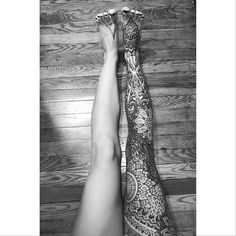 I love seeing healed pictures of my tattoos. Here is Carol's leg started in 2012 at @saved_tattoo tattoo shops in the world finished a few years ago. Thank you! #thomashoopertattooingarchives #rockofagestattoo