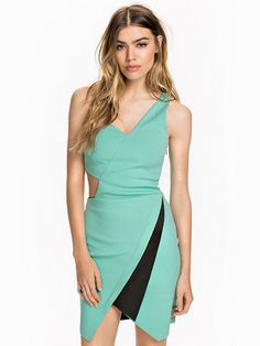 One Shoulder Origami Dress - Miss Selfridge - Light Green - Festkjoler - Klær - Kvinne - Nelly.com
