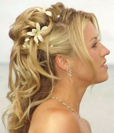 Gorgeous Wedding Hairstyles for Long Hair Brides