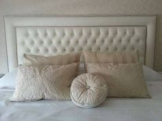 Home Decoracion, Dreams Beds, Exhibition Stand Design, Chesterfield Sofa, Headboards For Beds, Bed Pillows, Pillow Cases, Master Bedroom, New Homes