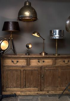 Lighting by Decoration Archive