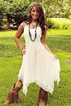 c9999ba2959 Quali scarpe indossare con un vestito bianco 50+ outfits  Scarpe   VestitoBianco White Country