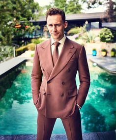 Tom Hiddleston Page (@Hiddles_Page)   Твиттер