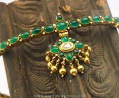 Traditional+Emerald+Attigai+From+Karpagam+Jewellers