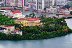 Recife, a Veneza brasileira...das pontes, dos rios e do mar.