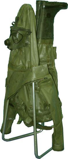BlaschkeTrockengestell Garden Sculpture, Army, Lawn And Garden, Gi Joe, Military
