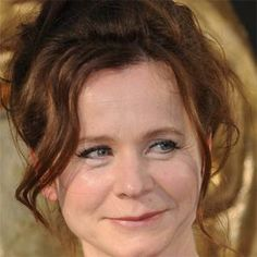 Emily Watson Movie Actress     BIRTHDAY January 14, 1967 BIRTHPLACE England AGE 47 years old  ABOUT She played Bess in the award-winning indie film Breaking the Waves, and also played Rose in the 2011 Oscar-nominated film, War Horse. BEFORE FAME She graduated from the University of Bristol with an English degree. TRIVIA FACT She was rejected from the first drama school she applied to. ASSOCIATED WITH Helena Bonham Carter turned down a major role in Breaking the Waves that Watson later took.