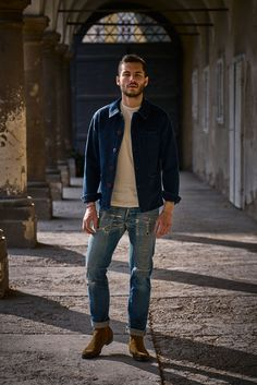 """This military inspired """"Bourgeon"""" jacket is made from a Japanese Sashiko fabric (stone washed) featuring a plated round neck which is typical for work jackets, 3 patch pockets and 1 inside pocket, Corozo buttons. Work Jackets, Heritage Brands, Cold Day, Work Wear, Spring, Collection, Cotton, How To Make, Clothes"""
