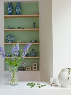 I am (you can say obsessed) with interior styling, furniture, lovely homes and everything about it. Interior Design Advice, Interior Styling, Interior Inspiration, Wall Shelving Units, Shelves, Peacock Blue Bedroom, Mint Green Walls, Home Living Room, Home And Family