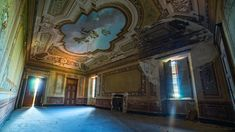 Beautiful abandoned villa hidden somewhere in the hills of Italy. One rich family used this place as a holiday home. After they died, this villa remained lon. Travel Around The World, Around The Worlds, Rich Family, Local Artists, Abandoned Places, Italy, Gallery, Lonely, Walls