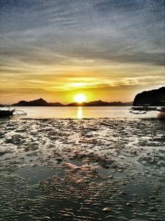 El Nido Amazing Sunset. Coron Coron Side. Palawan, Philippines. #sunset #beach #island #palawan #elnido #philippines #coron #travel #ooaworld #ooasia #sharingbeauty  www.ooaworld.com
