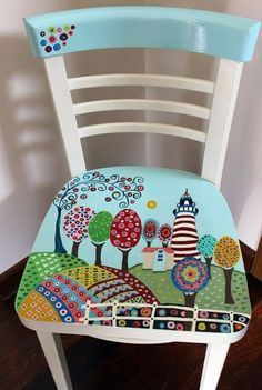 Hand painted furniture designs diy 51 ideas for 2019 Hand Painted Chairs, Whimsical Painted Furniture, Hand Painted Furniture, Distressed Furniture, Funky Furniture, Recycled Furniture, Paint Furniture, Furniture Makeover, Furniture Decor