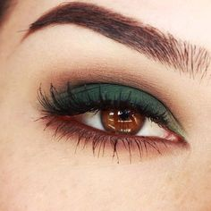 makeup for brown eyes Smokey eyes with Green and Browns makeup tutorial Make-up und Schönheit: Smokey Eyes mit Green and Browns Make-up Tutorial Simple Eye Makeup, Makeup For Green Eyes, Eye Makeup Tips, Eyeshadow Makeup, Makeup Brushes, Beauty Makeup, Makeup Ideas, Makeup Tutorials, Eyeshadow Tutorials
