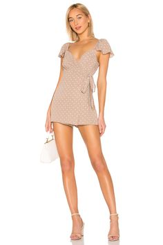 Shop for Show Me Your Mumu Elena Romper in Dotcha Miss Me at REVOLVE. Simple Dresses, Casual Dresses, Dress Outfits, Fashion Dresses, Rock And Roll Fashion, Girls In Mini Skirts, Cute Rompers, Long Sleeve Romper, Beautiful Legs