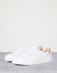 Different Types Of Sneakers – Sneaker Deals Moda Sneakers, Sneakers Mode, Sneakers Fashion, Fashion Shoes, Shoes Sneakers, Sock Shoes, Shoe Boots, Shoes Sandals, White Shoes