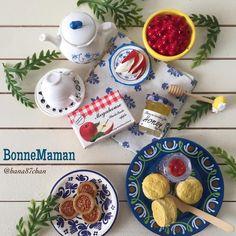 2016.11.18 BonneMamanで一息☕ . さぁ!みんな 今日のアフタヌーンティーはボンヌママンに決定ね✨ ワタクシ ボンヌママンのまわし者ではありませんσ(^^;) #bonnemaman #ボンヌママン #toy #食玩 #miniaturefood #miniature #ミニチュア #rement #リーメント #メガハウス