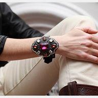 Baroque Buckle Bracelet