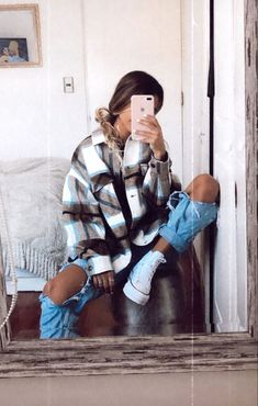 Trendy Fall Outfits, Casual School Outfits, Cute Comfy Outfits, Teenage Outfits, Winter Fashion Outfits, Retro Outfits, Look Fashion, Outfits For Teens, Stylish Outfits