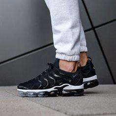 new photos 999aa 023ef Nike Air Vapormax Plus (Black   Anthracite - White)