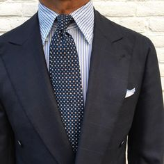 "Viola Milano ""Multi Circle self-tip wool - Navy"" tie & handrolled ""Blue Border"" Linen/Cotton pocket square…"