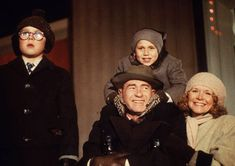 Google Image Result for http://static.tvguide.com/MediaBin/Galleries/Shows/A_F/Cf_Ch/Christmas_Story/season1/ChristmasStory3.jpg