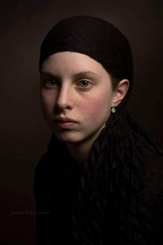 Artist: Rudi Huisman Formats (edition + 1 AP), (edition of + 1 AP) print Innova IFA Prices on request. Photography Women, Fine Art Photography, Portrait Photography, Female Portrait, Portrait Art, Reference Photos For Artists, Shadow Face, Aesthetic People, Black And White Portraits