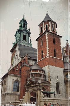 Wavel Castle, Krakow, Poland *Favorite Places - This is where Polish kings are buried, very holy place for Poles.*