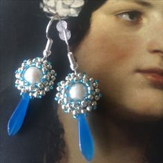 BW60 Beaded earrings with a freshwater pearl and Czech dagger bead