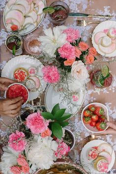 pink and peach tablescape