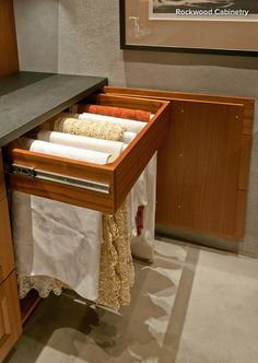 Butlers pantry or dining room storage – pull out rack for table linens - butlers pantry Kitchen Redo, New Kitchen, Kitchen Remodel, Kitchen Pantry, Dining Room Storage, Kitchen Storage, Pantry Design, Kitchen Design, Linen Storage