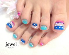 Toes nail art by jewel.