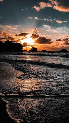 - Beach Sunset – – Beach Sunset – … – Sonnenuntergang am Strand - Beach Sunset Wallpaper, Ocean Wallpaper, Cute Wallpaper Backgrounds, Pretty Wallpapers, Sunset Beach, Beach Sunsets, Summer Sunset, Mobile Wallpaper, Sunset Art