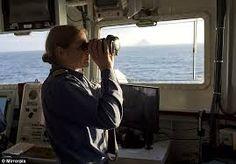 woman captain with binoculars - Cerca con Google