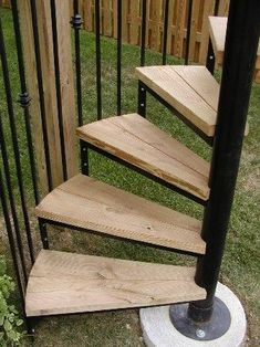 Best Outdoor Staircase Enclosed Google Search Exterior 400 x 300