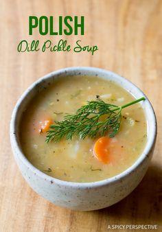 Creamy Polish Dill Pickle Soup (AKA Polish Potato Soup) Amazing Polish Dill Pickle Soup Recipe - A creamy potato soup with tangy pickles speckled throughout. This is pure Polish comfort food! Dill Recipes, Soup Recipes, Vegetarian Recipes, Cooking Recipes, Healthy Recipes, Healthy Food, Vegetarian Soup, Turkey Broth, Turkey Soup