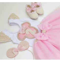 """1,599 Likes, 41 Comments - Lynda Correa (@storybook_bliss) on Instagram: """"The sweetest Minnie Mouse outfit!! By @atelieninanino #baby #babygirl #babybliss #prettyinpink…"""""""