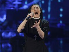 """Freira de 25 anos vence o """"The Voice"""" Itália http://angorussia.com/?p=19703"""