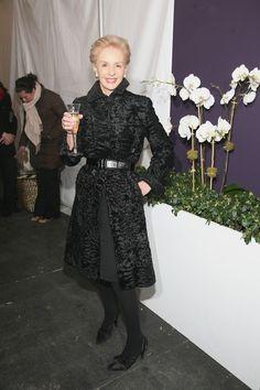 Carolina Herrera Evening Coat - Carolina Herrera went for an elegant retro look with this black evening coat during Mercedes Benz Fashion Week.