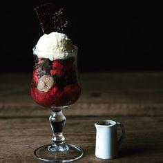 Real Food Recipes, Yummy Food, Ice Cream Toppings, Food Design, Milkshake, Japanese Food, Parfait, Deserts, Food And Drink