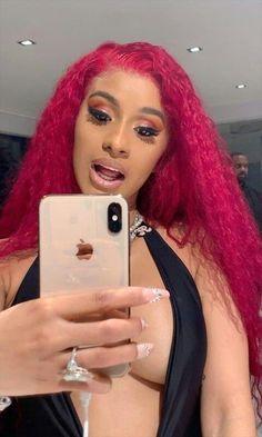 Cardi b 🥰 Black Girls Hairstyles, Cute Hairstyles, Cardi B Hairstyles, Natural Hair Tips, Natural Hair Styles, Photos Des Stars, Cardi B Photos, Bollywood, Beautiful Lips