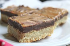 Grain Free Almond Flour Choco Peanut Butter Cookie Bars - this was an easy recipe. Kids enjoyed it. Gluten Free Sweets, Paleo Dessert, Healthy Desserts, Delicious Desserts, Dessert Recipes, Yummy Food, Healthy Bars, Healthy Foods, Diet Recipes