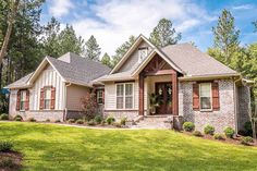 Craftsman Style House Plan - 3 Beds 2 Baths 1769 Sq/Ft Plan - created on Craftsman Bungalow House Plans, Craftsman Exterior, Craftsman Style Homes, Ranch House Plans, Craftsman Bungalows, Bedroom House Plans, House Floor Plans, Craftsman Bathroom, Craftsman Ranch