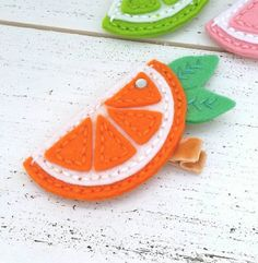 Felt - orange-slice-citrus-slice-alligator-clip