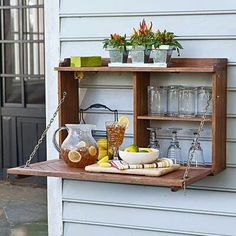 to Build a Fold-Down Murphy Bar This is a terrific idea for entertaining on a small patio area. @ Home Ideas and DesignsThis is a terrific idea for entertaining on a small patio area. @ Home Ideas and Designs Outdoor Projects, Home Projects, Outdoor Decor, Outdoor Ideas, Outdoor Pallet, Outdoor Buffet, Outdoor Bars, Outdoor Fun, Outdoor Life