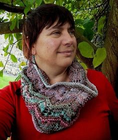 Free Knitting Pattern - Cowls and Neck Warmers: Flutterby Cowl