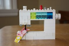 Have LEGO and love sewing machines? This roundup has great tutorials on haw to make your very own LEGO sewing machine collection! Lego Design, Lego Projects, Sewing Projects, Sewing Hacks, Sewing Crafts, Sewing Tips, Sewing Ideas, Sewing Patterns, Sewing Machine Brands