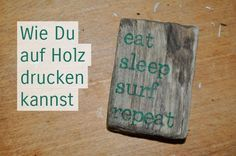 Schnell und einfach kannst Du mit wenigen Hilfsmitteln & einem speziellen Leim D… Quick and easy with a few tools and a special glue you can print your photos on wood! A personal gift with pictures on wood. Diy Home Crafts, Diy Craft Projects, Wood Crafts, Craft Ideas, Photo On Wood, Picture On Wood, Diy Chalk Paint Recipe, Kids Wood, Diy Furniture