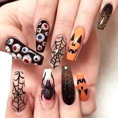 50+ Cool Halloween Nail Art Designs for 2018; Creepy halloween nails; cute halloween nails; halloween nails acrylic; stiletto nails; halloween coffin nails; easy halloween nails.