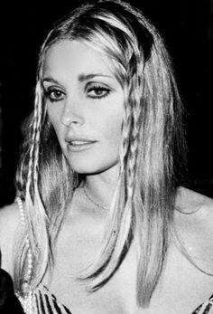Sharon in Cannes - 1968 Hippie Style, Mode Hippie, Sharon Tate, 60s Makeup, Hair Makeup, Brigitte Bardot, Boho Outfits, Nancy Sinatra, Catherine Deneuve