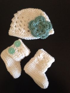 New Cluster Baby Girl Hat & Boot Set  by snowboutique on Etsy, $50.00